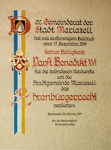 Urkunde für Papst Benedikt XVI
